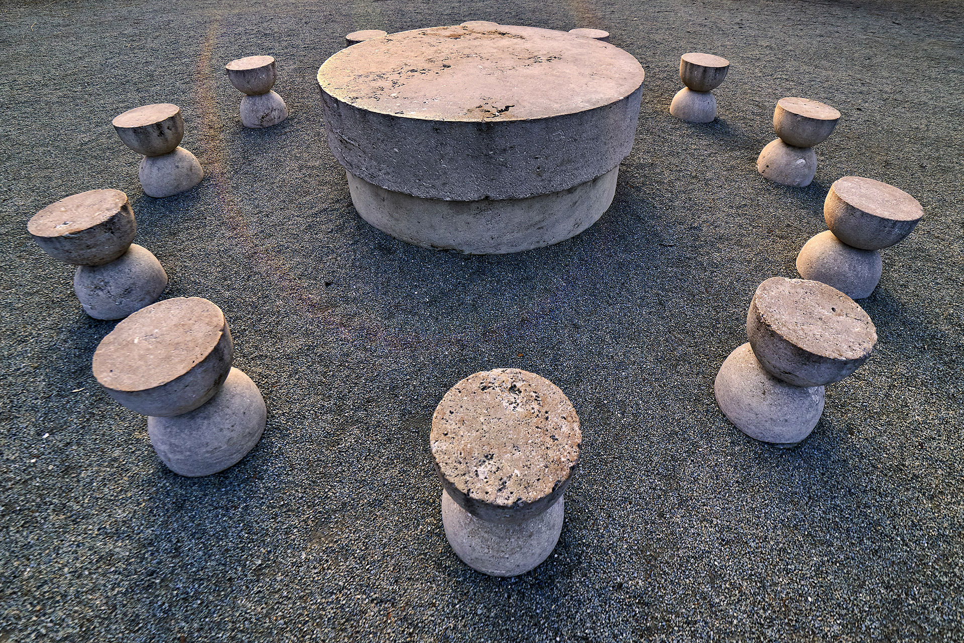 Heroes Path - Table of Silence - Constantin Brancusi 02