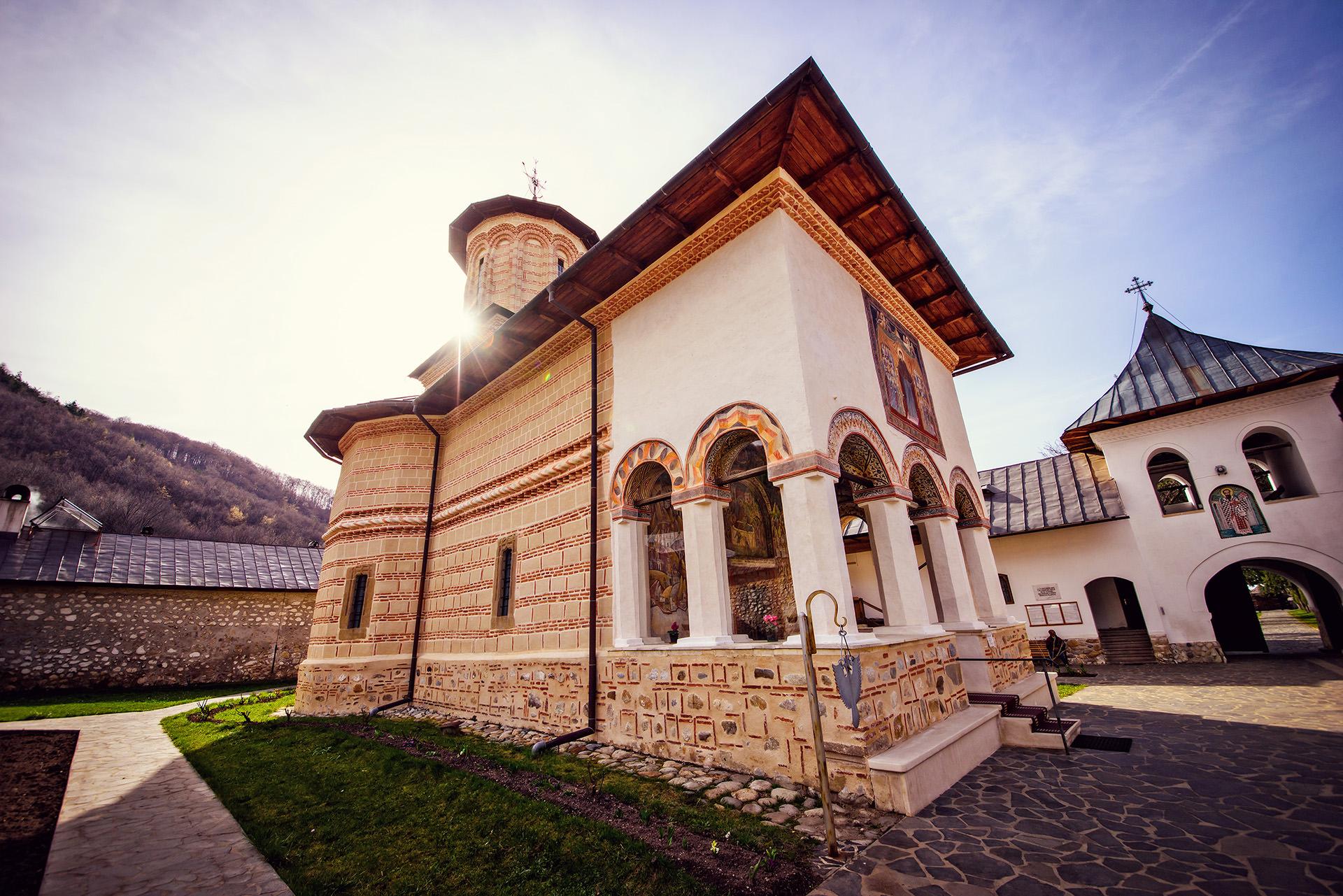 Polovragi Monastery Romania 2