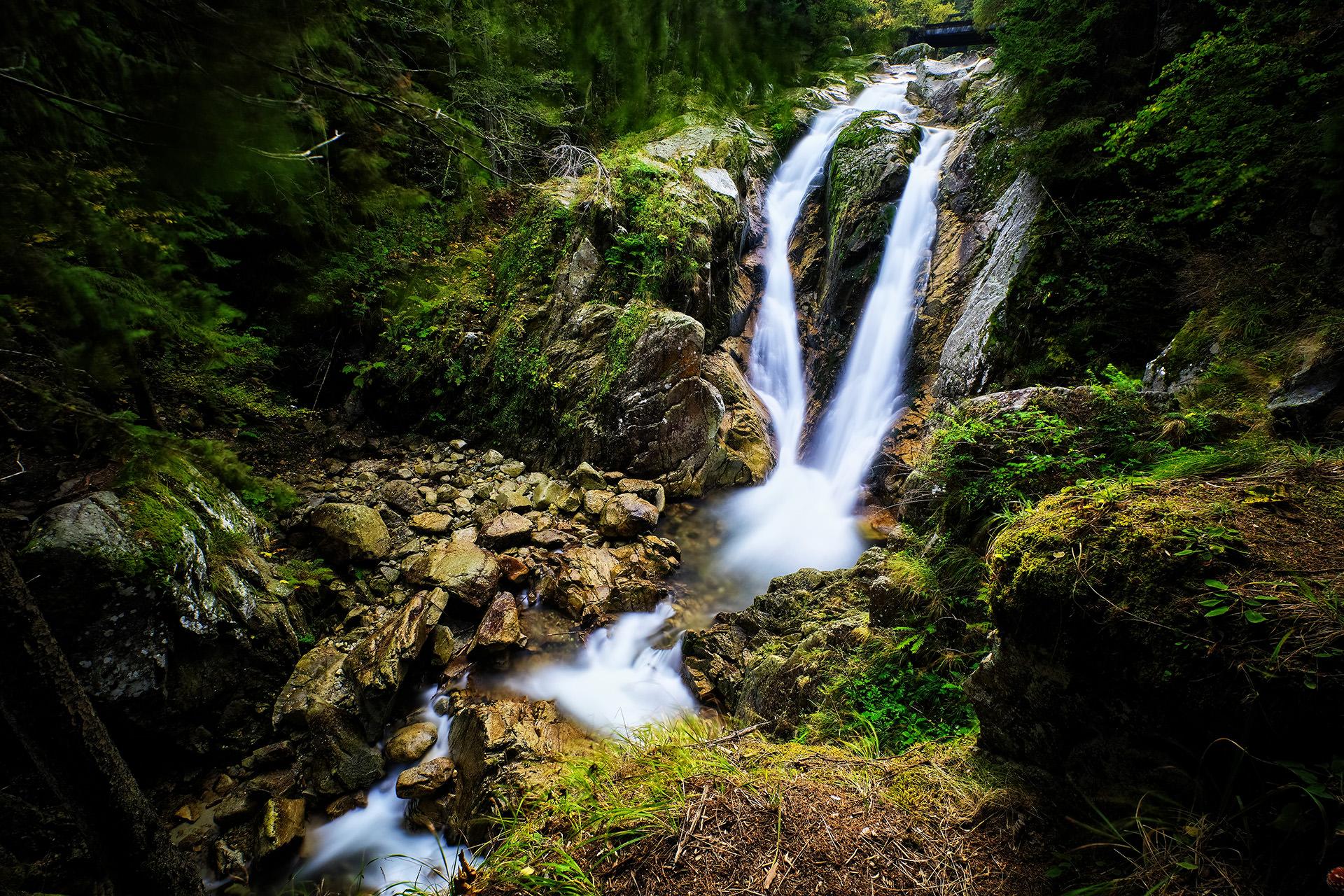 Lolaia Waterfall Retezat National Park Romania